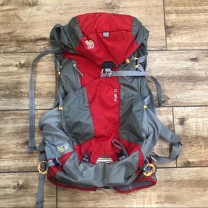 Mountain Hardware Fluid 32 Backpack Pack Hiking